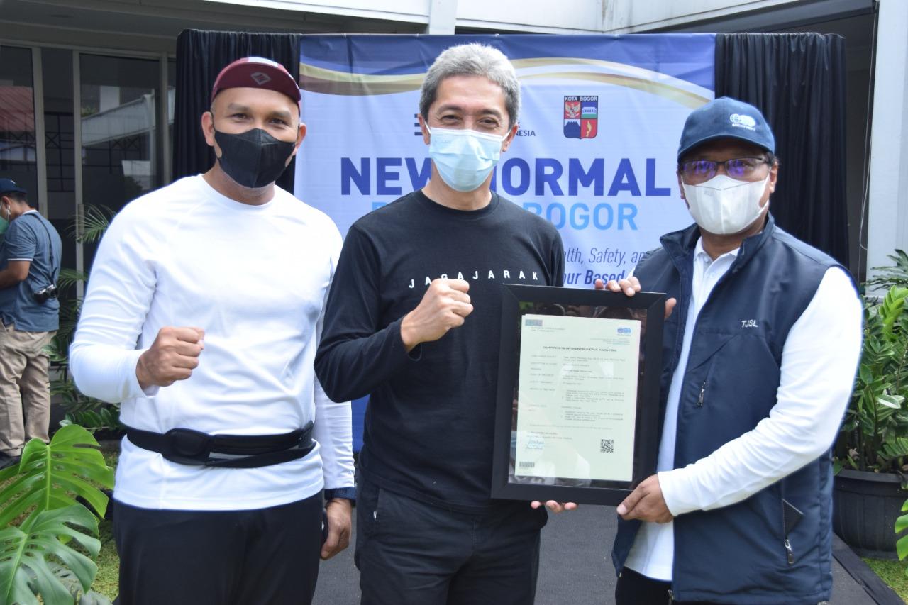 Perumda Pasar Pakuan Jaya Kota Bogor Mendapatkan Sertifikat CHSE Dari BUMN Indonesia